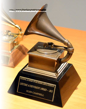 Glen's 2012 Lifetime Achivement Award.jpg