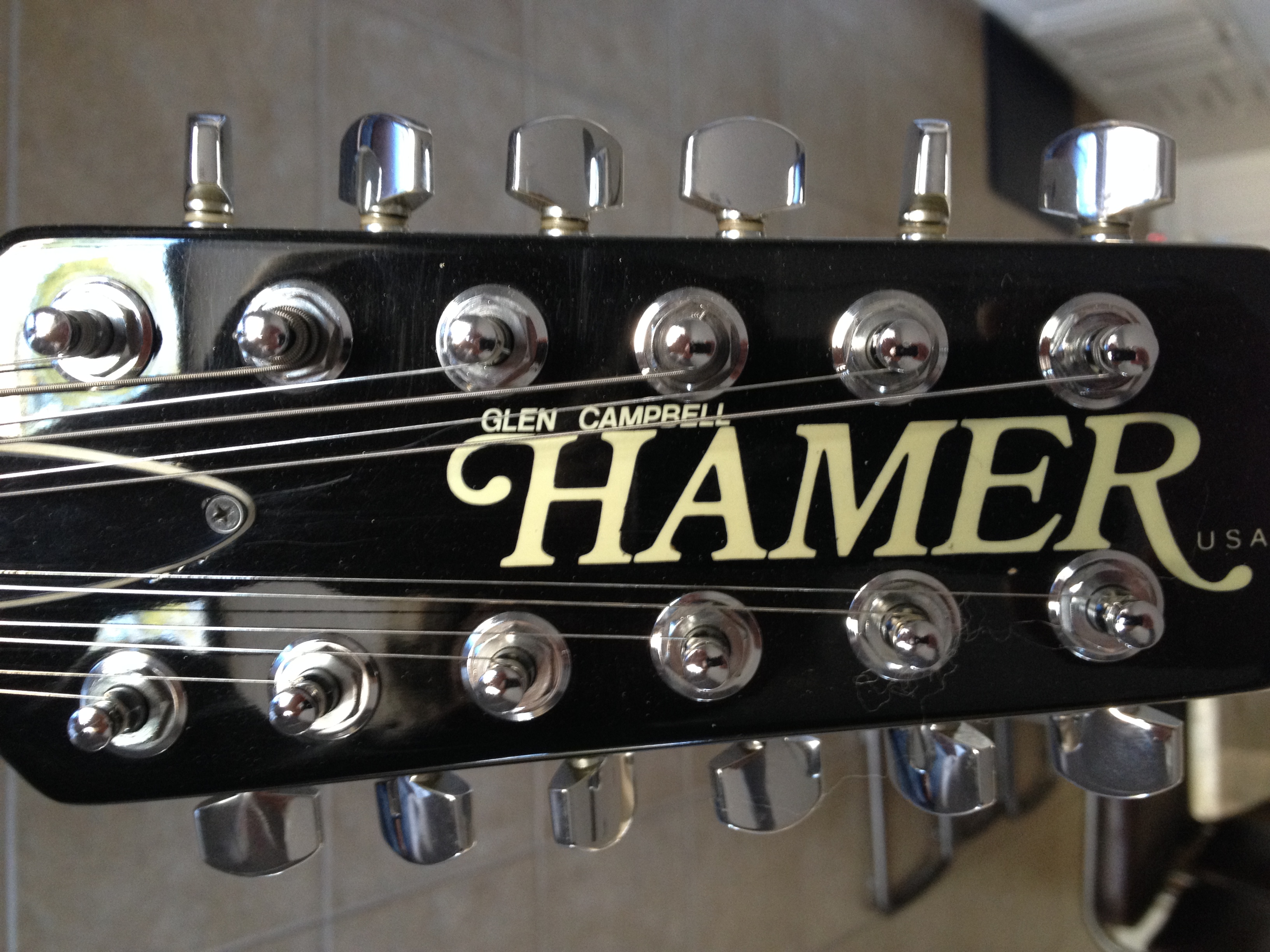 Glen Campbell - Hamer 12 String Headstock.jpg