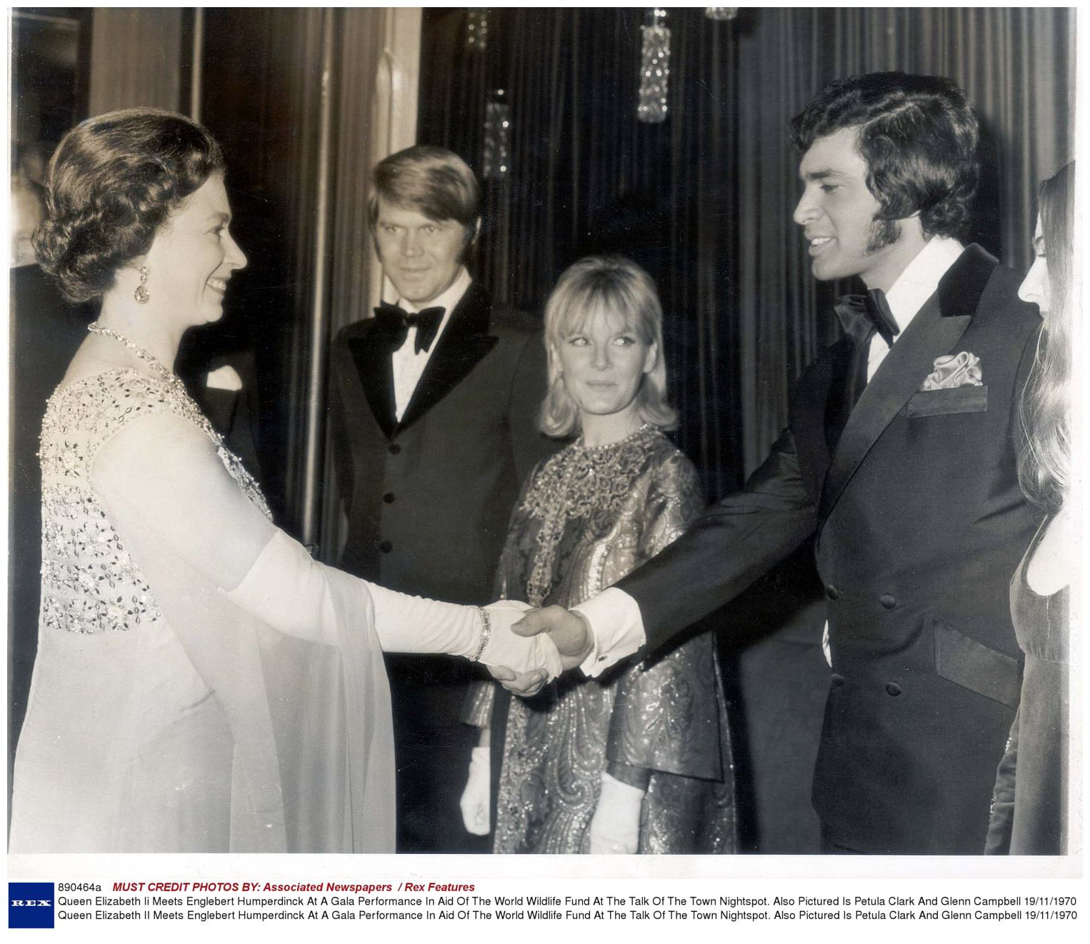 LARGE PRINT OF GLEN CAMPBELL MEETS QUEEN ELIZABETH WORLD WILDLIFE GALA 1970.jpg
