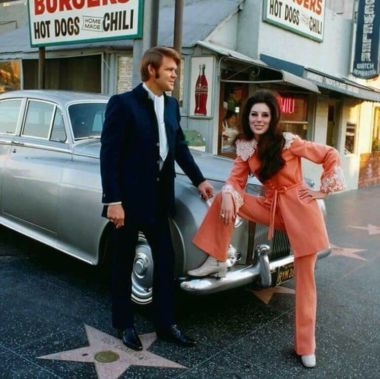 Bobby and Glen in Hollywood 68 CREDIT COURTESY CAPITOL RECORDS.jpg