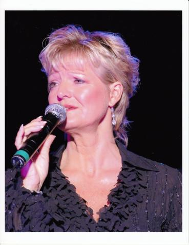 Debby Campbell_press photo.jpg