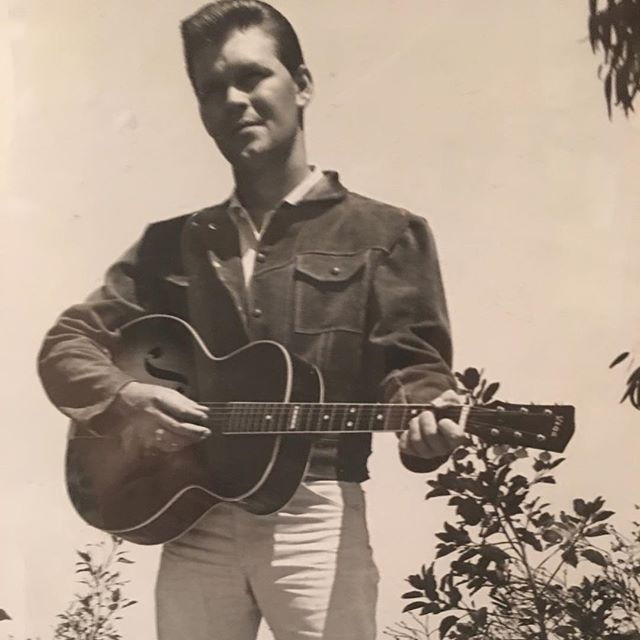 1 Early photo of Glen Campbell with Guitar from Big Bluegrass Special.jpg